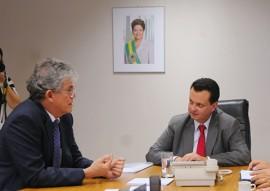REUNIAO MINISTERIO DAS CIDADES MINISTRO KASSAB FOTOS JOSE MARQUES 1 270x191 - Ricardo entrega projeto da segunda etapa da Translitorânea