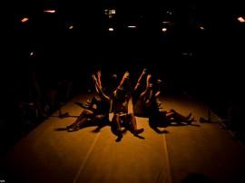 Rede Poética Cenário Cia de Dança RafaelPassos 130 270x202 - Espetáculo Rede Po(ética) é apresentado no Teatro de Arena nesta sexta e domingo