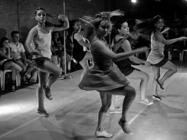 Rede Poética Cenário Cia de Dança RafaelPassos 260 270x202 - Espetáculo Rede Po(ética) é apresentado no Teatro de Arena nesta sexta e domingo