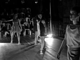 Rede Poética Cenário Cia de Dança RafaelPassos 59 270x202 - Espetáculo Rede Po(ética) é apresentado no Teatro de Arena nesta sexta e domingo