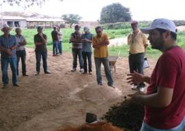 emater paa incentivo agroecologia alimento saudavel na pb 4 270x191 - Governo incentiva agroecologia e garante alimentação saudável na Paraíba