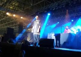 fundac show de rapper emicida 2 270x191 - Show do rapper Emicida arrecada livros para Fundac