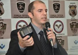 jose fontes fala sobre a tornozeleiroas de monitoramento da seap 4 270x191 - Governo apresenta sistema de monitoramento eletrônico que será implantado na Paraíba