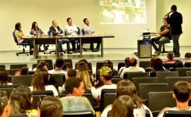 01.09.15 evento dialogo setor produtivo renea 1 270x166 - Governo do Estado reúne alunos da rede estadual no evento Diálogo com o Setor Produtivo