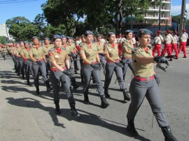 08.09.15 desfile civico 3 270x202 - Público elogia desfile do Corpo de Bombeiros no 7 de Setembro