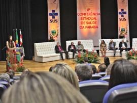 FOTO RICARDOPUPPE Dr Roberta Secretária da Saúde Conferencia Abertura 229 1 1 270x202 - Conferência Estadual de Saúde é oficialmente aberta no Espaço Cultural