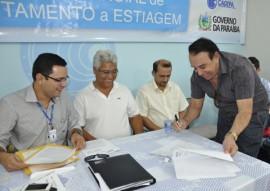 Programa Viva  gua em Patos Foto Waldeir Cabral 1 270x191 - Governo da Paraíba promove ações de enfrentamento à estiagem no Sertão do Estado