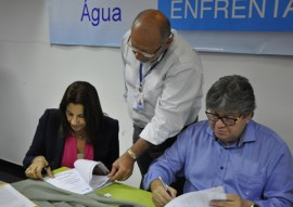 Programa Viva  gua 09.08.15 Foto Waldeir Cabral 5 270x191 - Governo entrega caixas d'água e beneficia 250 mil pessoas
