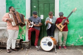 RB Som de Madeira Joa o Roge rio 270x180 - Funesc apresenta Renato Bandeira & Som de Madeira no projeto Música do Mundo de outubro