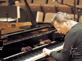 pascal gallet   Bruno Arts 2014 portal 270x202 - Edição especial do projeto Música do Mundo traz pianista Pascal Gallet a João Pessoa