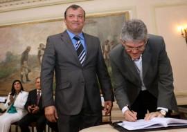 posse de trocolli 2 270x191 - Ricardo empossa Trócolli Júnior na Secretaria de Estado da Articulação Política