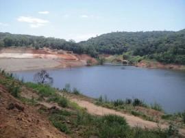 20.10.15 barragem pitombeiras 1 270x202 - Barragem de Pitombeiras acumula mais de 1 milhão e meio de metros cúbicos de água
