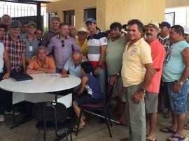 IMG 20151024 WA0005 270x202 - Comunidades rurais recebem alevinos para peixamento de açudes no Brejo paraibano