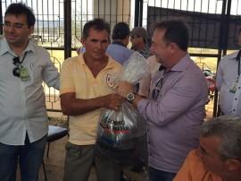 IMG 20151024 WA0008 270x202 - Comunidades rurais recebem alevinos para peixamento de açudes no Brejo paraibano