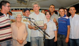 LIVRAMENTO2 270x158 - Ricardo entrega Rodovia da Reintegração e obras de ampliação e reforma de escolas no Sertão e Cariri