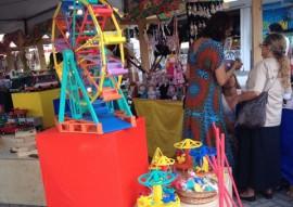 programa de artesanato brincarte 5 270x191 - Governo do Estado promove feira de brinquedos populares na orla de Tambaú