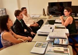 senador joovem da paraiba reuniao na see foto Delmer Rodrigues 11 270x191 - Jovem senador paraibano é recebido na Secretaria de Estado da Educação e cumpre compromissos em JP
