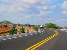 SÃO JOSE DOS CORDEIROS6 11 270x202 - Ricardo inaugura rodovia, entrega Creas e pavimentação de ruas no Cariri