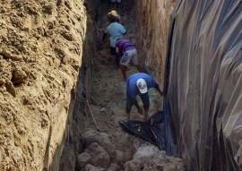 barragem subterranea Pitombeira1 4 270x191 - Governo do Estado conclui construção de barragem subterrânea em Várzea