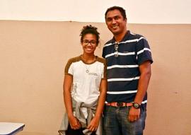 maria luiza da penha fotos Delmer Rodrigues 1 270x191 - Aluna da rede estadual é premiada no I Concurso de Redação e Artigo do Procon