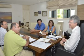 ricardo recebe pres  energisa foto sergio cavalcanti 2 270x181 - Ricardo discute logística montada para Fórum de Governança da Internet com representantes da Energisa