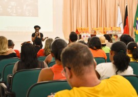 see educacao quilomboa tema de formacao de professores no estado foto 2 270x191 - Educação quilombola é tema de formação para professores no Estado