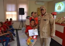 16.12.15 bombeiros formatura bombeiro mirim 3 270x192 - Projeto Bombeiro Mirim forma 90 crianças em João Pessoa