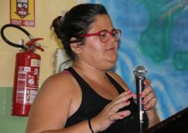 """Geralda Petron lia 270x191 - Escola Estadual de Cajazeiras encerra ciclo de encontros com entrega do DVD """"Emoções na Família"""""""
