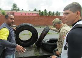 bombeiros dia d combate a dengue 1 270x191 - Bombeiros realizam 'Dia D' de combate ao mosquito Aedes aegypti