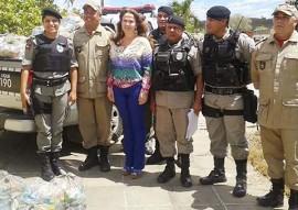 pm e justica acao solidaria distribuicao de cestas 270x191 - Polícia Militar e Justiça distribuem cestas básicas a famílias carentes no brejo