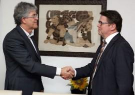 ricardo com embaixador filandes marku virri foto francisco frança 1 1 270x191 - Ricardo discute parcerias com embaixadores da Holanda e da Finlândia