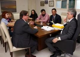 ricardo com embaixador filandes marku virri foto francisco frança 4 270x191 - Ricardo discute parcerias com embaixadores da Holanda e da Finlândia