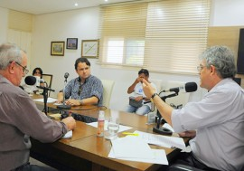 ricardo no programa fala governador foto jose marques 2 270x189 - Ricardo faz balanço das ações do Governo na última edição do Fala Governador de 2015