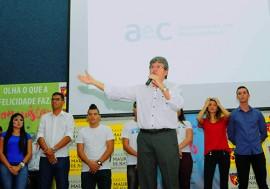 sec joao azevedo fala no call center foto jose marques 1 270x189 - Governo participa de solenidade de admissão de novos colaboradores da empresa AeC