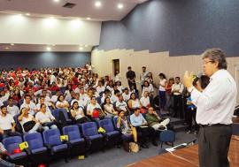 sec joao azevedo fala no call center foto jose marques 2 270x189 - Governo participa de solenidade de admissão de novos colaboradores da empresa AeC
