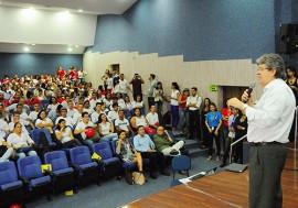sec joao azevedo fala no call center foto jose marques 4 270x189 - Governo participa de solenidade de admissão de novos colaboradores da empresa AeC