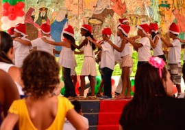 see escola encerra atividades de 2015 foto delmer rodrigues foto Delmer Rodrigues 1 270x191 - Escola encerra atividades de 2015 com apresentação de projetos