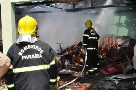 1302026815031 bombeiros 2 270x179 - Corpo de Bombeiros atende 16.883 ocorrências em toda a Paraíba no ano de 2015