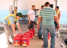 18.01.16 EDUCACAO mutirao limpeza 7 270x192 - Mais de 70 pessoas fazem mutirão de limpeza em escola da rede estadual de ensino na Capital