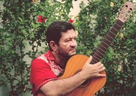 Adeildo Vieira4 1 270x192 - Shows da banda Totonho e os Cabra e de Adeildo Vieira fecham primeira edição do Projeto Cambada