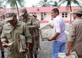 FOTO RicardoPuppe Ação Dengue  ENTREGA KITS 270x191 - Corpo de Bombeiros participa de ações contra mosquito Aedes Aegypti
