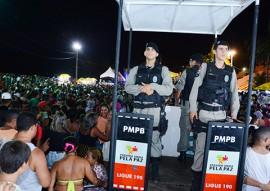 10 02 16 policia militar faz operacao carnaval foto wagner varela 2 270x191 - Polícia prende mais de 60 pessoas e apreende 20 armas de fogo no Carnaval