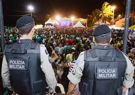 10 02 16 policia militar faz operacao carnaval foto wagner varela 3 270x191 - Polícia prende mais de 60 pessoas e apreende 20 armas de fogo no Carnaval