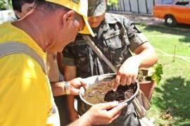 RicardoPuppe AEDES CABEDELO 3 270x179 - Governo e Exército fazem visitas domiciliares de combate ao Aedes aegypti em Cabedelo