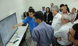 VISITA UEPB12  José Marques 270x158 - Ricardo visita laboratórios que poderão auxiliar os hospitais de trauma do Estado