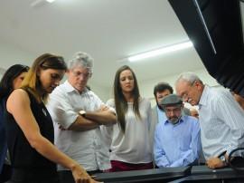 VSITA UEPB José Marques 270x202 - Ricardo visita laboratórios que poderão auxiliar os hospitais de trauma do Estado
