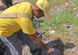 combate ao aedes aegypti em cabedelo foto ricardo puppe 1 270x191 - Governo e Exército seguem com visitas domiciliares de combate ao Aedes aegypti em Cabedelo