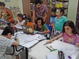 oficina quadrinhos pra crianças c igor tadeu 3 portal 270x202 - Fundação Espaço Cultural da Paraíba inicia inscrições para duas oficinas de quadrinhos