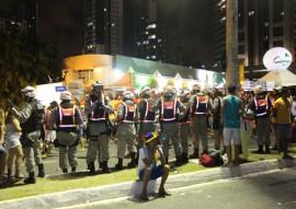 policia nas muricocas 3 270x191 - Polícia Militar garante a segurança no Bloco Muriçocas do Miramar