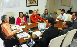 ricardo recebe representantes dos professores foto jose marques 1 270x166 - Ricardo se reúne com representantes do Sintep-PB